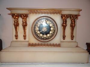 Antique Clock Collecting: Boston Clock Company